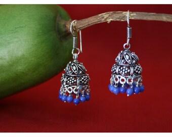Elle, earrings with oriental charm