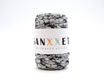 Ganxxet Fabric Yarn - Bombay ( gray with snake print ) FREE SHIPPING