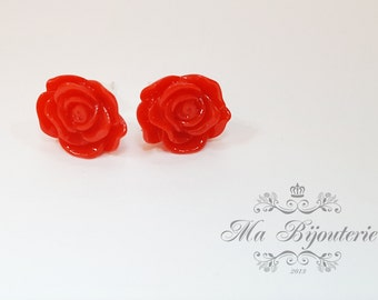 Red rose studs, Silver plated flower studs, Red roses, Red flower studs, Gift for women, Gift for her, Fashion studs, Small Earrings