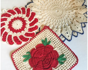 Vintage Pair Of Crocheted Pot Holders and  One Doily, Retro Pair Of Crocheted Pot Holders  And One Doily, Set Of 3.