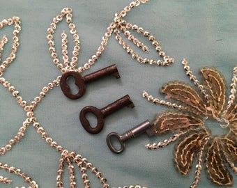 Set of 3 KEYS, Antique, metal unknown, three different sizes, all tiny or small metal keys, antique