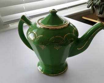 Hall Teapot, Green and Gold, Vintage Albany Style