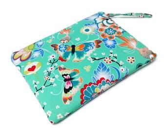 Flowers and butterflies. Charming Pouch. Zipper Makeup Bag. Makeup Cosmetic Bag. Make Up Bag. Zipper Pouch. Pouch. Flat Pouch. Gift ideas
