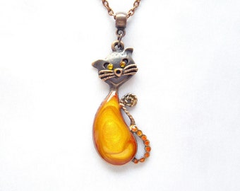 Cat necklace Yellow necklace Cute yellow gold cat pendant Cat lovers gift Gifts for mom Cat jewelry Yellow jewelry Gifts for friends For her
