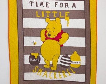 Winnie the Pooh Baby Quilt, Winnie the Pooh crib bedding, Winnie the Pooh crib Quilt, Winnie the Pooh nursery theme, Baby gift.
