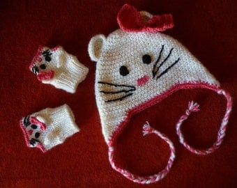 Hello kitty/ hello kitty hat/ hello kitty beanie/ baby girl crochet/ hat and mittens/ hello kitty gloves/ hello kitty mittens/ baby set