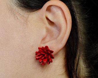 Red bead stud earring, flower stud, cluster stud, nut jewelry, garnet post, sterling silver earring, daisy jewel, exotic jewelry, black stud