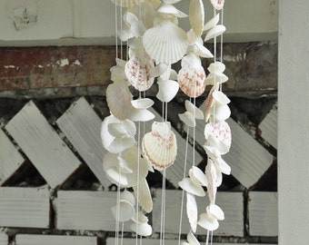 White Seashell Wind Chimes|Natural Seashell|Garden Decor| wind chime|gift for her|unique gift|beach decor|souvenir|Morther's gift|home decor