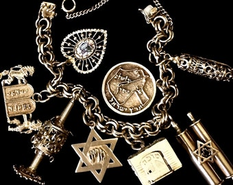 Vintage 14K Heavy Gold Judaica  Estate Hebrew  Clunky Charm Bracelet