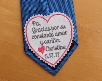 Personalized tie patch, gracias por su constante amor y carino, heart tie label, Gift for Padre, Espanol, Spanish. iron-on available, S11