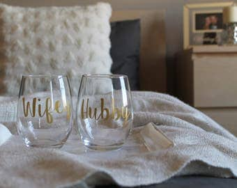 Hubby and Wifey Wine Glasses with the option to personalize, Engagement Gift for couple