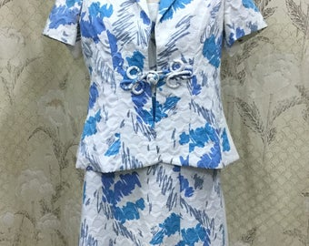 Beautiful Blue and White Floral Print 2 Piece Shift dress and Jacket, Floral Print Dress Suit, Size Large