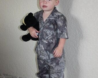 Boy's Size 2T Camouflage Pajamas