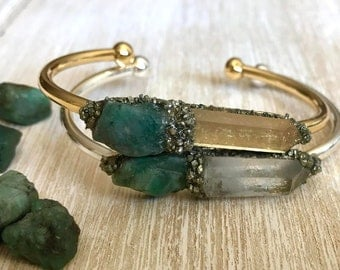 Emerald jewelry, May Birthstone Bracelet, emerald bracelet, Gemstone bracelet, Birthstone gift, Raw Crystal Bangle, gift for her, zodiac
