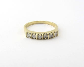 Vintage 14K Yellow Gold and Diamond Band Size 7 #801