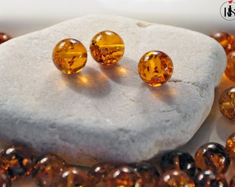 1 Natural Baltic Amber round beads 12mm - ARR12