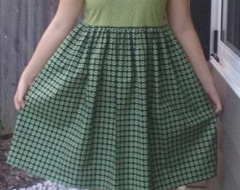 Vintage Style Peter Pan Dress Size 10-12