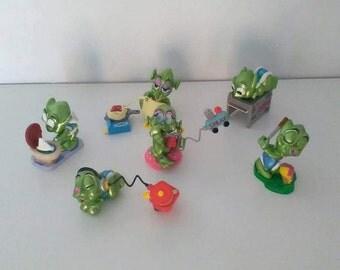 10 Stranulati Extraterrestrials Kinder Ferrero/kinder egg farmer/Kinder surprise