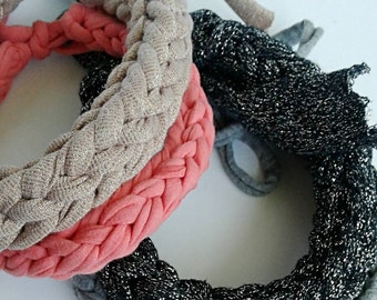 Statement Necklace Neon Pink / Chunky Necklace / T Shirt Yarn Necklace / Choker Necklace