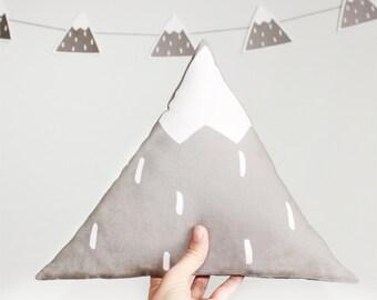 Mountain cushion, mountain pillow, woodlands pillow, modern pillow, nursery pillow, scandinavian pillow, modern nursery decor, baby decor