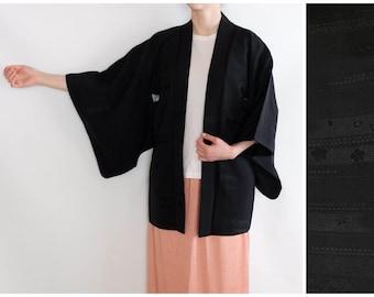 Delicate Patterned Black Haori Kimono - Japanese Vintage Kimono - Silk Kimono - Haori - Traditional Haori Kimono - Oriental Vintage Kimono