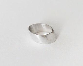 Elements - METAL ring