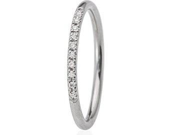 Cz Ring, Cubic Zirconia band ring, Promise Ring for Her, Cubic Zirconia Ring, Tiny Cubic Zirconia Ring, Minimlaist Ring, Promise Ring.