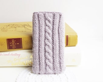 Knitted Phone case, knitted iPhone Case, knitted phone pouch, knitted phone cover, knit iphone cosy, handmade phone pouch, knit phone pouch