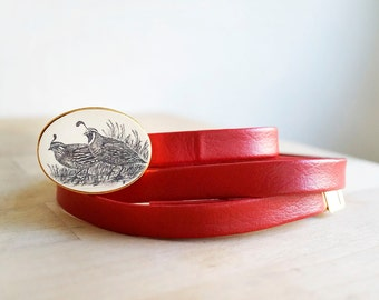 lovely vintage red & gold adjustable pleather belt with quail buckle