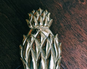 Vintage Brass Pineapple Note Holder / Hollywood Regency Desk Paperclip / Paperweight