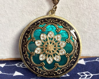 Turquoise Resin Locket, Green locket, mother's day present, Anniversary gift, Birthday gift for her, Push present