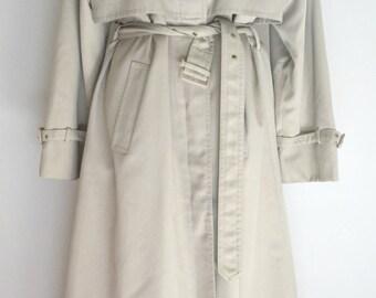 SALE Was 30 NOW 25 Vintage Dannimac mac coat Large