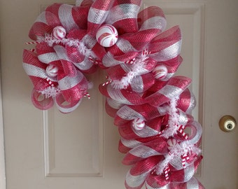 Candy cane wreath, Christmas candy cane wreath, Winter wreath, Christmas wreath, Holiday wreath, Wreath for front door