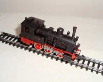 Vintage Boxed N Gauge Arnold Rapido Model Prussian Class 0222 Steam Locomotive  class 89 7566 Deutsche Bundesbahn (DB)