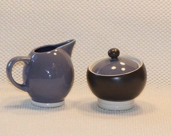 Pfaltzgraff  Creamer and Sugar Bowl Set - Retired - Black and Plum colored  Pattern Tandem  Contemporary Style  Kitchen