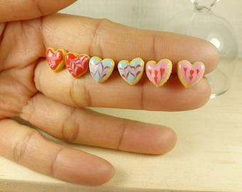 Miniature food earrings, Cute heart cookies studs, Polymer clay earrings, heart biscuits earrings, Polymer Clay jewelry, food jewelry