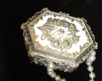 Vintage Victorian Trinket or Petite Jewelry Box with Free Strand of Beautiful Pearls