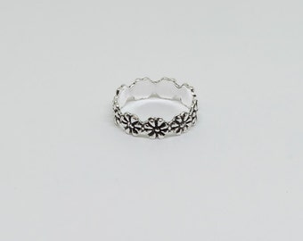 Flower Oxidized Sterling  Silver Toe Ring, Boho Ring, Adjustable Ring, Sterling Silver Jewelry