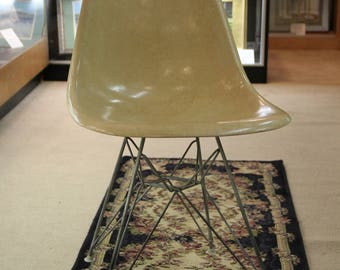 Early Charles Eames For Herman Miller DSR- Eiffel Side Chair