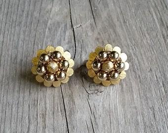 Signed Kramer Gold Clip Earrings-Vintage Gold Clips-Vintage Kramer Earring-Gold Kramer Earring-Gold Cluster Earring-Free Shipping