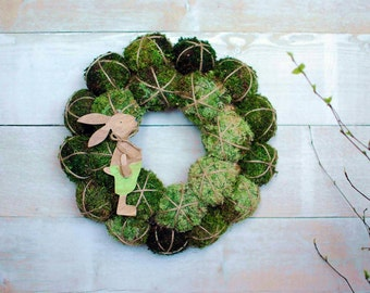 Easter wreath with bunny - Natural spring wreath for front door -Spring centerpiece - Spring decor - Moss wreath - Unique wreath - Easter
