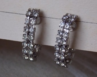 Vintage Rhinestone chain clip Earrings So Pretty