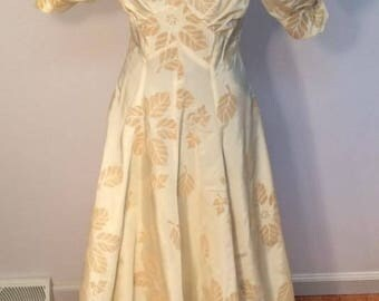 1930's gown champagne gold puff sleeves flowers button back wedding gala theater costume vintage