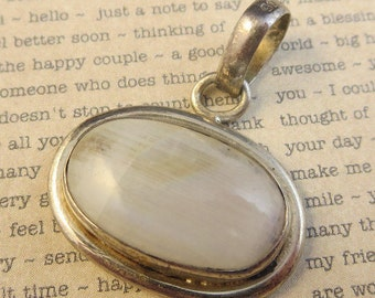 Vintage Moon Stone Oval Necklace Pendant 925 Sterling Silver