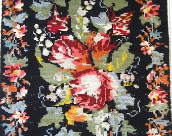 Vintage Rose rya rug from Scandinavia