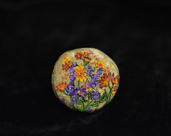 Brooch 8 (handcrafted & hand-painted)