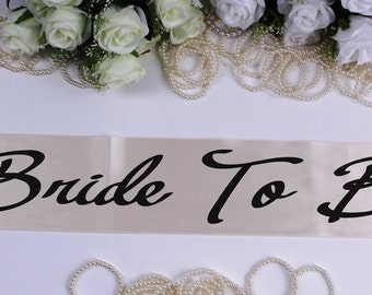 Bride To Be  Plus Size Sash, Bachelorette Sash, Bride to Be, Wedding Sash, Customized sash, Bachelorette Paty, Bridal Party Sash, Bride gift