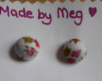 Pretty flower fabric covered stud earring