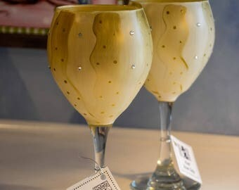 Hand Painted Cream and Gold Wine Glass Pair