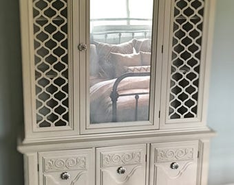 Sold**Mercury&Ash Vintage Storage Cabinet (East TN Area Pickup Only)